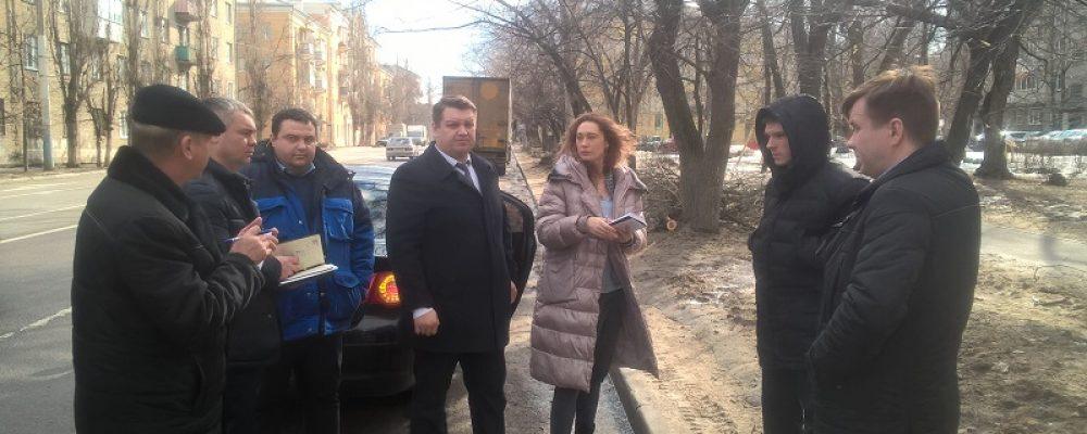 Руководитель управы Левобережного района Евгений Селютин провёл выездное совещание с руководителями структурных подразделений управы района