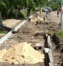 В Левобережном районе приступили к ремонту тротуаров