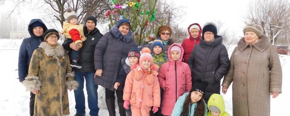 В Левобережном районе состоялись Новогодние елки