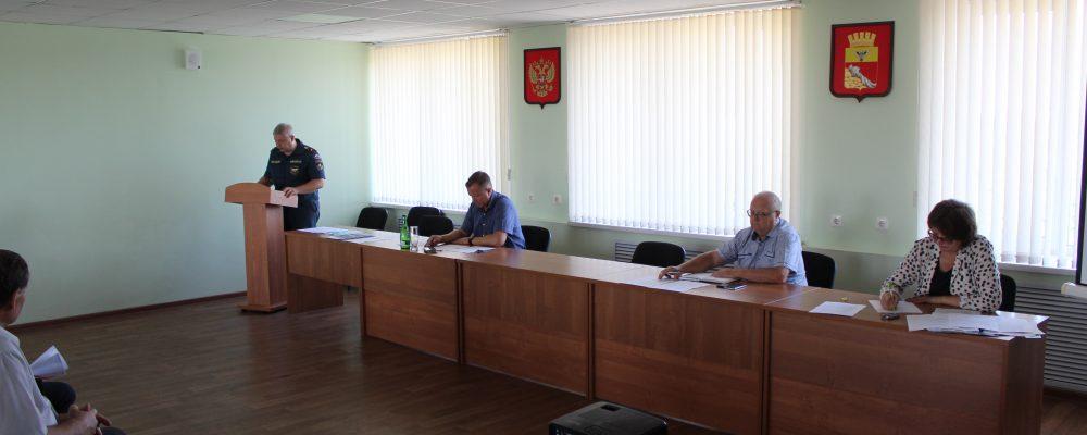 В управе Левобережного района прошло заседание КЧС