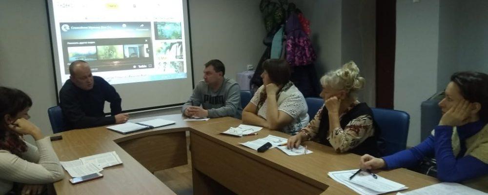 В Левобережном районе прошел круглый стол на тему усовершенствования совместной деятельности по профилактике социального сиротства и сопровождения замещающих семей.