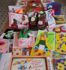 В Левобережном районе подведены итоги конкурса детского декоративного творчества поздравительных открыток «8 Марта»