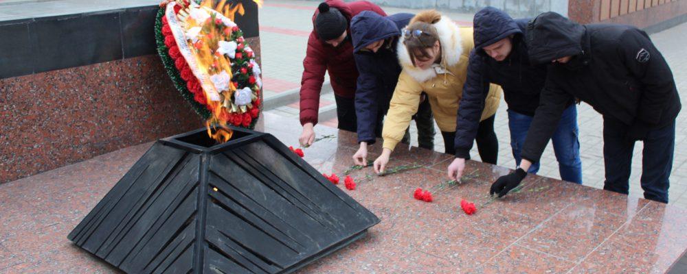В Левобережном районе прошли мероприятия, посвященные памятной дате  «Дню неизвестного солдата»
