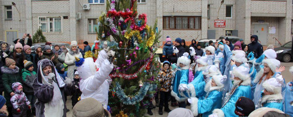 В Левобережном районе продолжаются новогодние мероприятия.
