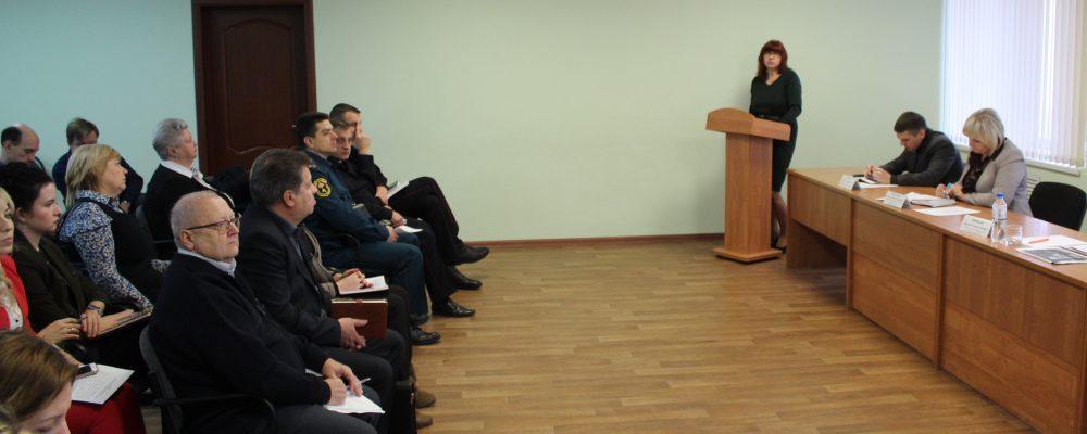 В управе Левобережного района подвели итоги работы отдела опеки и попечительства