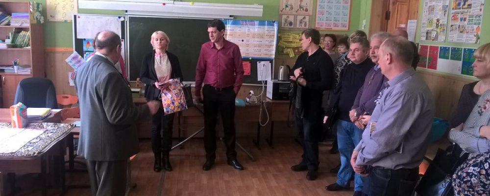 В Левобережном районе прошли показательные занятия по развертыванию пункта ПВР на базе гимназии №5