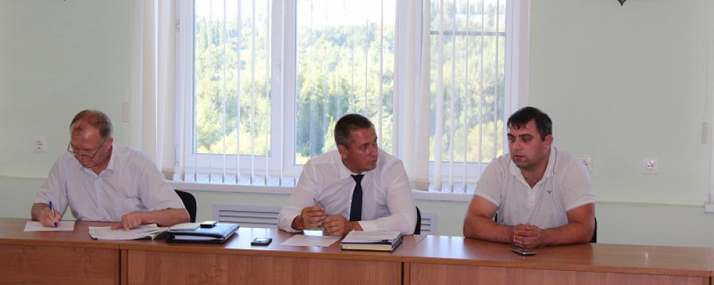 В управе Левобережного района прошло совещание по вопросу вывозу ТКО с контейнерных площадок