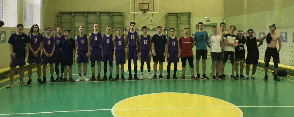 В Левобережном районе прошли соревнования по баскетболу